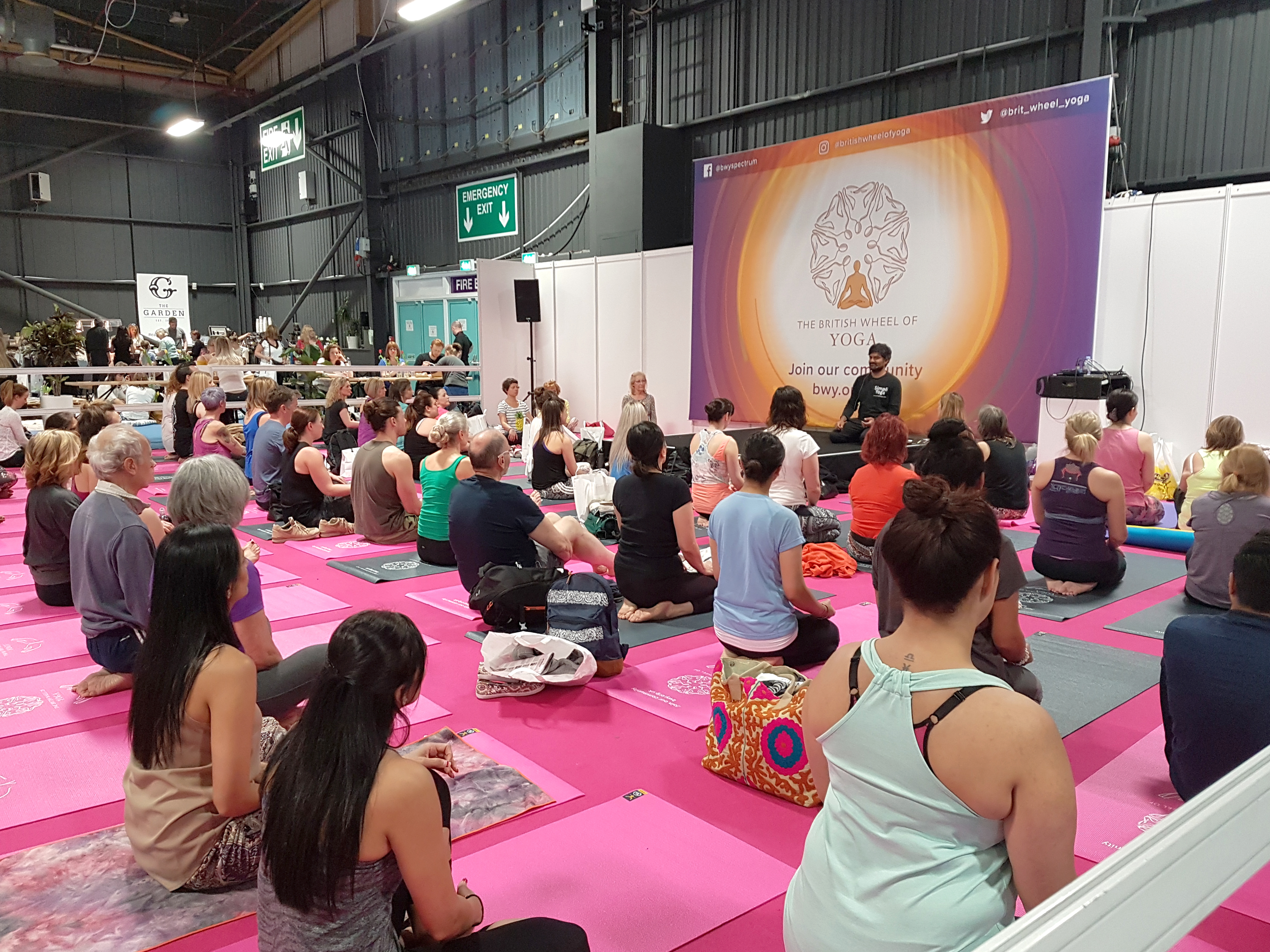 What to Expect at the Om Yoga Show, Event City Manchester | A Yoga Class | awaywithkatie.com