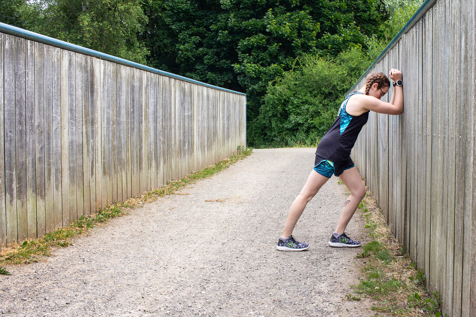 Online Running Coaching With Runners Connect | Girl Stretching Legs | awaywithkatie.com
