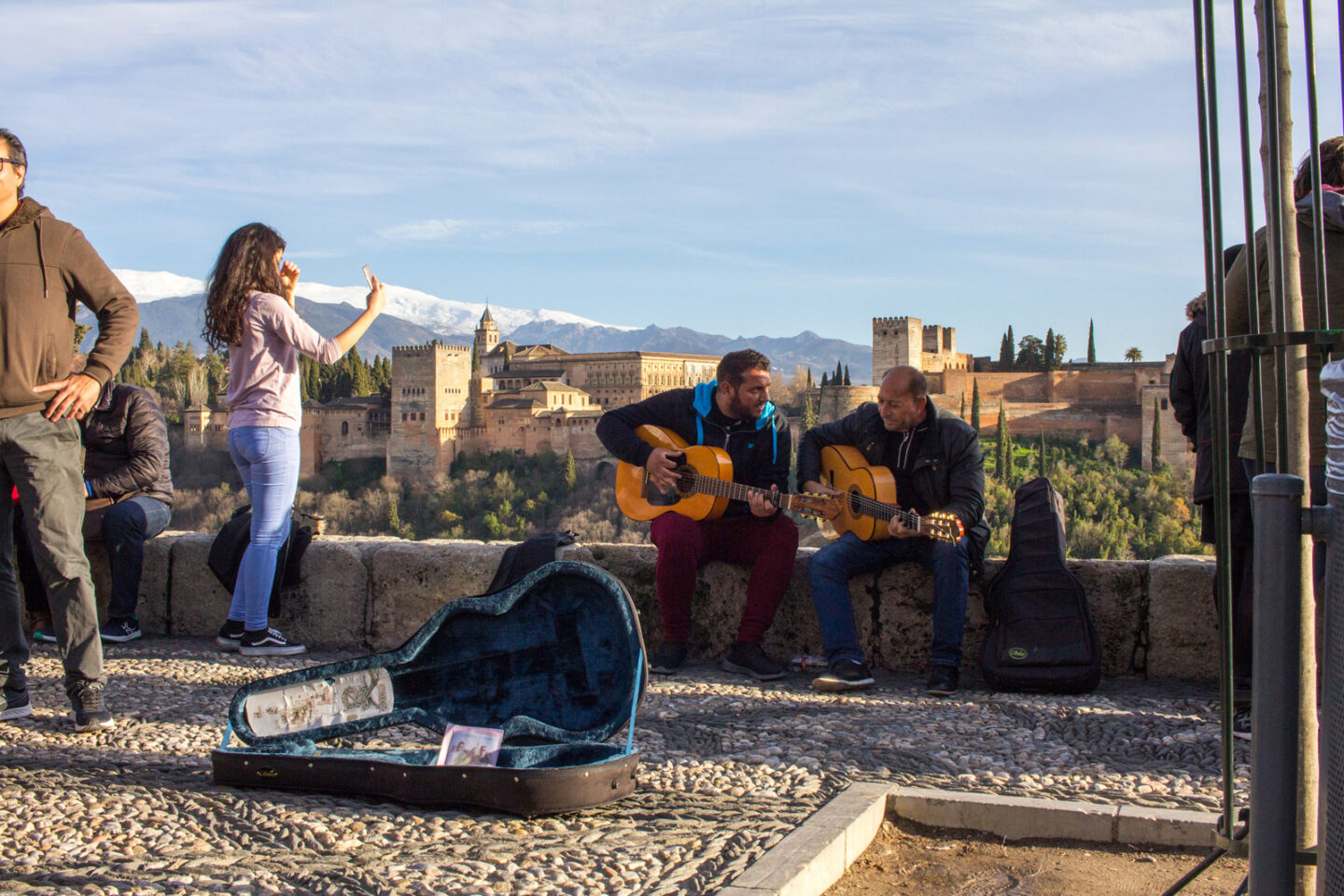 Travel Content I've Been Loving Lately | Two Men Playing Guitars and Singing In Granada