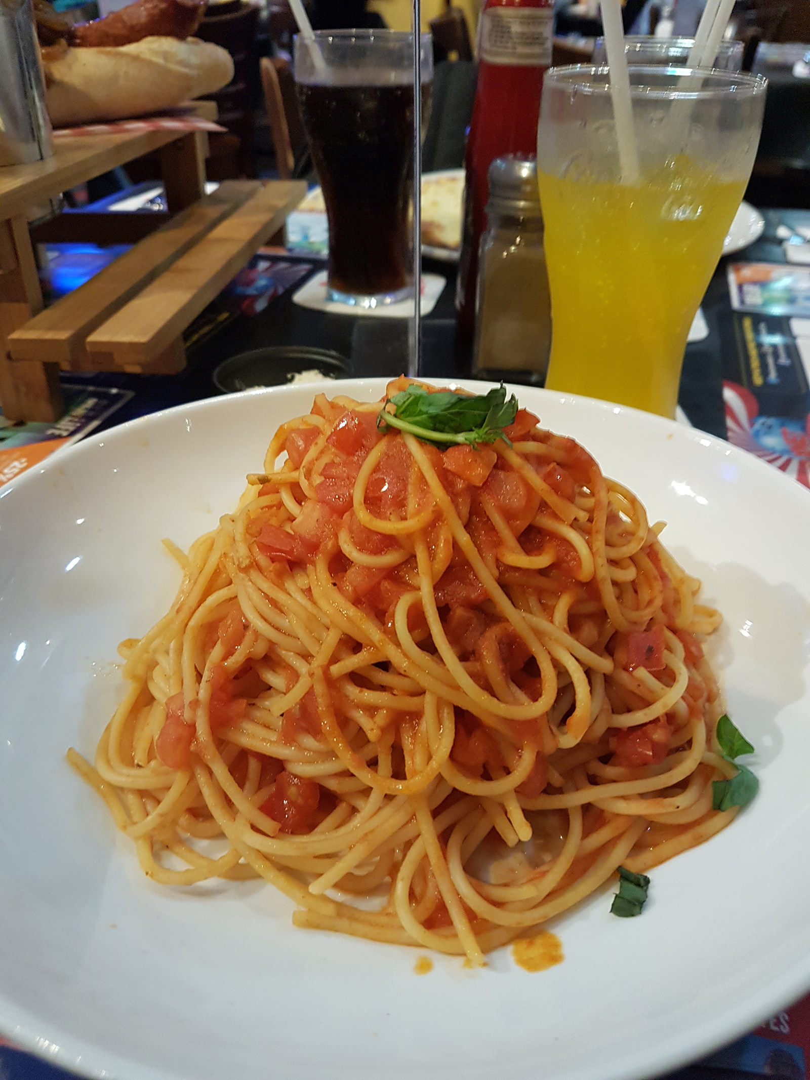 Big bowl of spaghetti at Planet Hollywood | 4 Things to Think About When Doing a Race Abroad